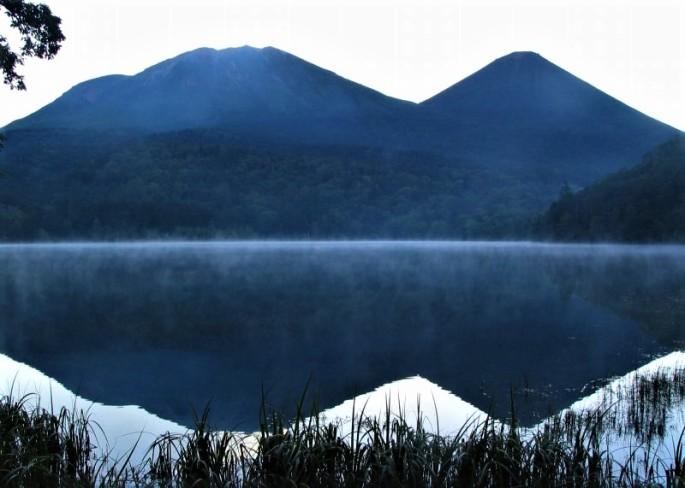 Mt_meakann_akannfuji&lake_onnneto