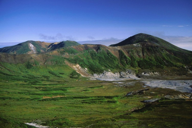 Mount_Hippu_and_Mount_Hokuchin